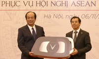 Bàn giao xe phục vụ ASEAN 2020