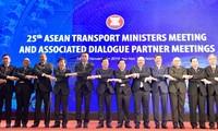 Khai mạc Hội nghị Bộ trưởng Giao thông vận tải các nước ASEAN 25