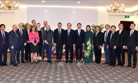 Bí thư thành ủy TP HCM Nguyễn Thiện Nhân tiếp Chủ tịch Nghị viện bang Hessen, Đức