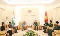 Tổng Tham mưu trưởng Quân đội nhân dân Việt Nam tiếp Đại sứ Ấn Độ