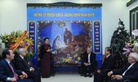 Chủ tịch Quốc hội chúc mừng Giáng sinh tại Ủy ban Đoàn kết Công giáo Việt Nam