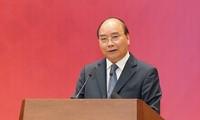 Thủ tướng Nguyễn Xuân Phúc dự Hội nghị tổng kết Năm dân vận chính quyền 2019