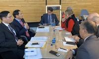 Thứ trưởng Thường trực Bộ Ngoại giao Bùi Thanh Sơn thăm làm việc tại Nghị viện Châu Âu