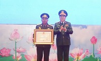 Lễ trao Huân chương của nhà nước Việt Nam, Lào tặng các tập thể, cá nhân quân đội hai nước