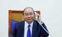 Thủ tướng chính phủ Nguyễn Xuân Phúc điện đàm với Tổng thống Hoa Kỳ Donald Trump