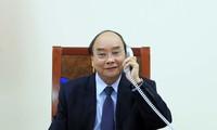 Thủ tướng Việt Nam điện đàm với Tổng thống Philippines