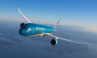 Khách hàng hưởng lãi suất 0% khi mua trả góp vé máy bay Vietnam Airlines