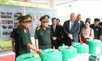 Bộ trưởng Bộ Quốc phòng thăm, làm việc với Trung tâm Nhiệt đới Việt - Nga