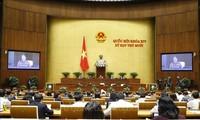Quốc hội tiếp tục hoạt động chất vấn và thảo luận các dự thảo Văn kiện trình Đại hội XIII của Đảng