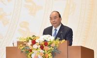 Chính phủ Việt Nam đặt mục tiêu GDP tăng 6,5% năm 2021