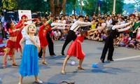 Để Hà Nội ngày càng đẹp hơn trong mắt bạn bè quốc tế
