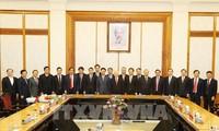 Công bố quyết định phân công Ủy viên Bộ Chính trị