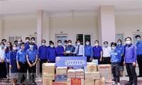 Trung ương Đoàn Thanh niên Lào hỗ trợ các lưu học sinh Việt Nam