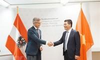 Việt Nam và Cộng hòa Áo hướng tới hợp tác về năng lượng tái tạo và phát triển bền vững