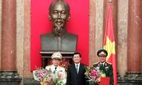 Обнародовано решение Президента Вьетнама о повышении ранга для офицеров