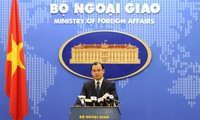 Вьетнам выступает за мирное разрешение споров в Восточном море