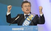 Разрыв между двумя ведущими кандидатами в президенты Южной Кореи сократился