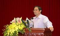 Фам Минь Чинь принял участие в приёме по случаю 20-летия возвращения Гонконга Китаю