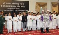 Вьетнамцы выражают глубокую скорбь в связи с кончиной экс-премьера страны Фан Ван Кхая