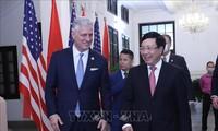 Переговоры между вице-премьером, главой МИД Вьетнама Фам Бинь Минем и советником по национальной безопасности США Робертом О Брайеном