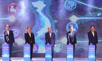 Премьер-министр Нгуен Суан Фук принял участие в Форуме молодёжных стартапов 2020