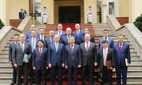 Вьетнам и Россия активизируют сотрудничество в обеспечении безопасности людей в условиях пандемии COVID-19