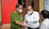 Президент Нгуен Суан Фук: депутаты парламента должны вносить активный вклад в улучшение качества жизни населения