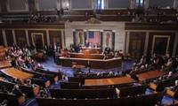美国总统通过援助乌克兰及制裁俄罗斯法案
