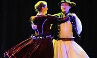 匈牙利民间舞蹈在河内绽放魅力