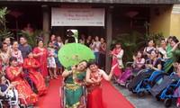 """""""我美,你也美""""时装表演活动展现残疾妇女的美"""