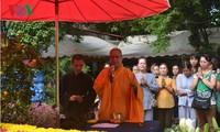 优秀旅泰越侨代表团对越南进行访问