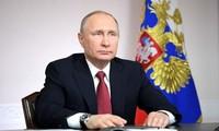 阮富仲祝贺普京当选俄总统