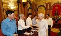 阮富仲会见越南祖国阵线中央委员会主席团