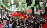 """""""河内记忆:65周年""""重现首都解放日气氛"""