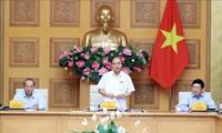 越南政府常务委员会讨论帮助石油、航空企业解决困难的措施