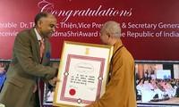 ព្រះតេជគុណ Thich Duc Thien ជនវៀតណាមដើមដំបូងទទួលបានគ្រឿងឥស្សរិយយស Padma Shri របស់ឥណ្ឌា