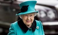 បញ្ហា Brexit៖ ម្ចាស់ក្សត្រីអង់គ្លេស Elizabeth II ទទួលយកសំណើររបស់រដ្ឋាភិបាលស្ដីពីការពន្យាពេលបើកសម័យប្រជុំរដ្ឋសភា