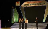 Hà Nội tuyên dương 10 gương mặt trẻ Việt Nam tiêu biểu năm 2011