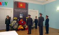 Đại sứ quán Việt Nam tại các nước tiếp tục mở cửa đón các đoàn tới viếng đại tướng
