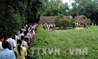 Dâng hương tưởng niệm Chủ tịch Hồ Chí Minh tại Khu di tích Kim Liên, Nghệ An