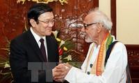 Chủ tịch nước Trương Tấn Sang tiếp Chủ tịch Ủy ban đoàn kết Ấn Độ - Việt Nam, bang Tây Bengal