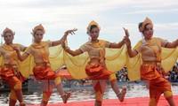 Khai mạc Ngày hội văn hóa, thể thao và du lịch dân tộc Khmer năm 2015