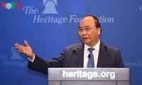 Thủ tướng Nguyễn Xuân Phúc thăm Viện Di sản tại Washington