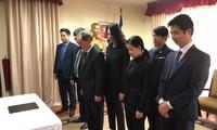 Đại sứ quán Việt Nam tại các nước tổ chức lễ viếng, mở sổ tang nguyên Tổng Bí thư Đỗ Mười