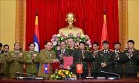 Bộ Công an Việt Nam và Bộ An ninh Lào ký kết văn bản hợp tác