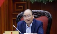 Thủ tướng Nguyễn Xuân Phúc chủ trì họp Thường trực Tiểu ban Kinh tế - Xã hội