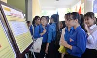"""Triển lãm và trưng bày tư liệu """"Hoàng Sa, Trường Sa của Việt Nam - những lịch sử và pháp lý"""" tại Quảng Ngãi"""