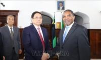 Trưởng Ban tổ chức TW Phạm Minh Chính thăm, làm việc tại Tanzania