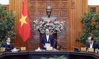 Thủ tướng Nguyễn Xuân Phúc nhấn mạnh sức khỏe và tính mạng của người dân là quan trọng nhất