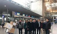 Người Việt tại CHLB Đức quyên góp khẩu trang y tế ủng hộ bà con trong nước